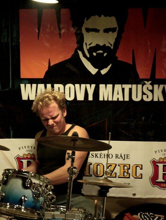 WALDOVY MATUŠKY. Tatáž pakáž, Liberec, prosinec 2015.