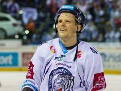 Liberecký obránce Radim Šimek se dočkal vysněné smlouvy v NHL. Bude hrát za San Jose Sharks.