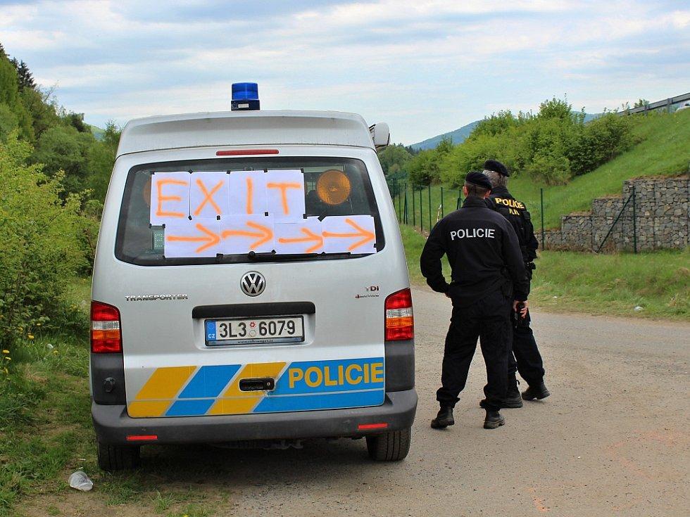 Technopárty Czarotek by měla v úterý 1. května skončit.