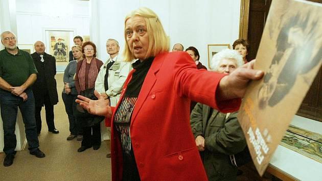 VÝVOJ FIGURÁLNÍ MALBY v Číně komentovala v Oblastní galerii dr. Helena Honcoopová.