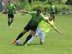 Městské liberecké derby mezi Krásnou Studánkou (v zeleném) a hosty z Ruprechtic (žlutí) dopadlo jednoznačně 5:1 pro Ruprechtice.
