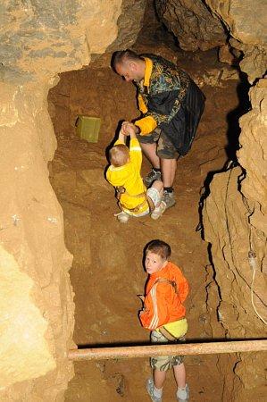 Jeskyně vHanychově se otevřela veřejnosti.