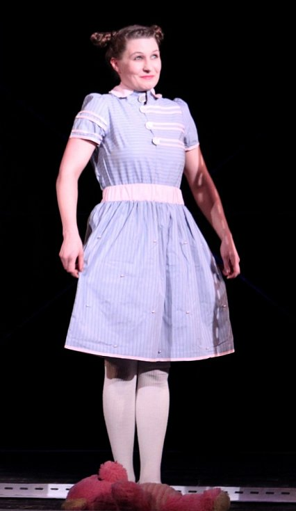 MIRA BOŽSKÁ: Božská babi. Nové kolekce liberecké návrhářky jako pocta její babičce.
