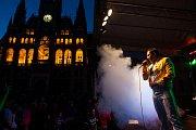 Koncert dvou špičkových revivalových zpěváků, Freddie Mercury revival a David Bowie show, proběhl 12. srpna na náměstí Dr. E. Beneše v Liberci.