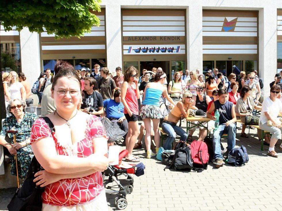 Den s Deníkem navštívil Liberec. Program a doprovodné akce obohatili aktivisté bojující za výstavbu hospicu v Libereckém kraji.