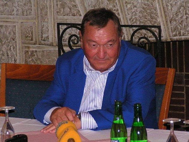 SLAVNÝ ZÁHADOLOG. Erich von Däniken odstartuje v Liberci své turné.