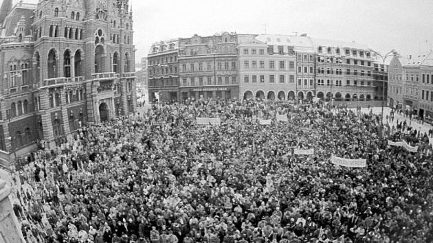 17. listopad. Jak se rodila revoluce.