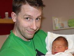 Mamince Zuzaně Krupicové z České Lípy se dne 12. listopadu v liberecké porodnici narodil syn Kryštof. Měřil 48 cm a vážil 3,43 kg.
