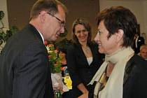 Bývalá ředitelka Gymnázia Jeronýmova Zdeňka Kutínová je obviněna z dotačního podvodu. Hrozí jí až 5 let vězení.