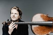 Přední německý violoncellista Julian Steckel vystoupí v sobotu v Doksech.