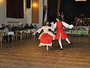 4.pejskařský ples Kynologického klubu Pavlovice a Autotrendu Liberec.