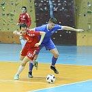 Liberecký Pampuch Team (v červeném) prohrál v domácím duelu II. futsalové ligy s Kladnem 3:5