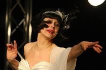 MARKÉTA TALLEROVÁ JAKO LOLA BLAU. Markéta Tallerová zaujala porotce v roli kabaretní zpěvačky Lola Blau.