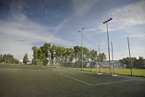 Umělá tráva ve Sport Parku Liberec, kde trénují futsalisté.