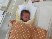 VERONIKA MOKOŠÍNOVÁ Narodila se 15. května v liberecké porodnici mamince Veronice Mokošínové z Dětřichova. Vážila 2,81 kg a měřila 48 cm.