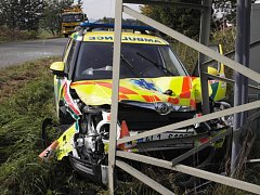 Nabourané vozidlo záchranářů Škoda Yetti