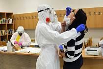 Testování zaměstnanců soudu v Liberci.