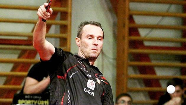 JEN KOŠŤÁL NESTAČIL. Liberecký stolní tenista opět vyhrával, ale byl z Liberce sám.