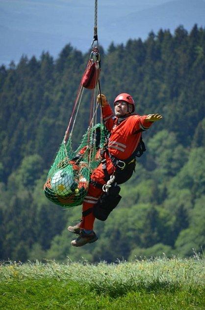 Záchranáři trénovali rychlý zásah na Pláních.