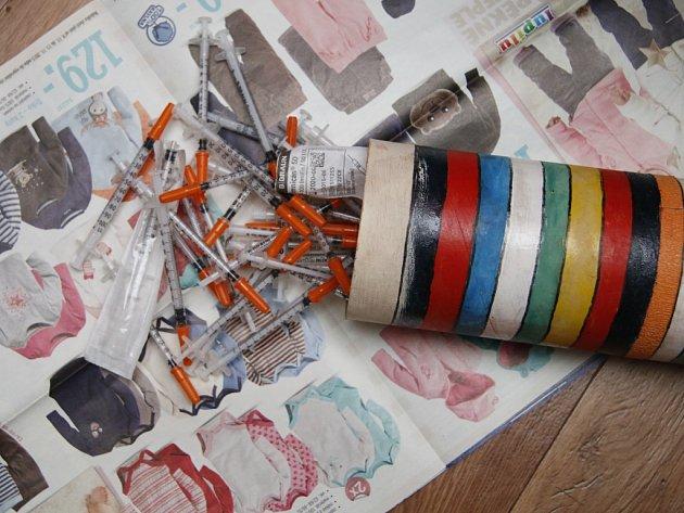 Libereckému Toxi týmu se po půlroční intenzivní práci podařilo rozbít gang, který několik měsíců zásoboval drogové podsvětí pervitinem.