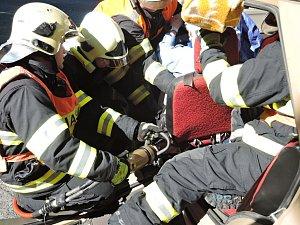 Nehoda Dětřichov tři zranění