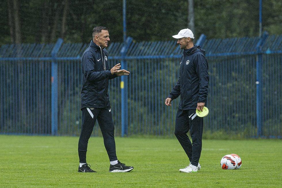 Luboš Kozel, nový trenér FC Slovan Liberec, v akci při tréninku.