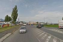 Ulice České mládeže ve směru od Ještědu získá v pořadí čtvrtý kruhový objezd, na který se napojí sjezd z dálnice.