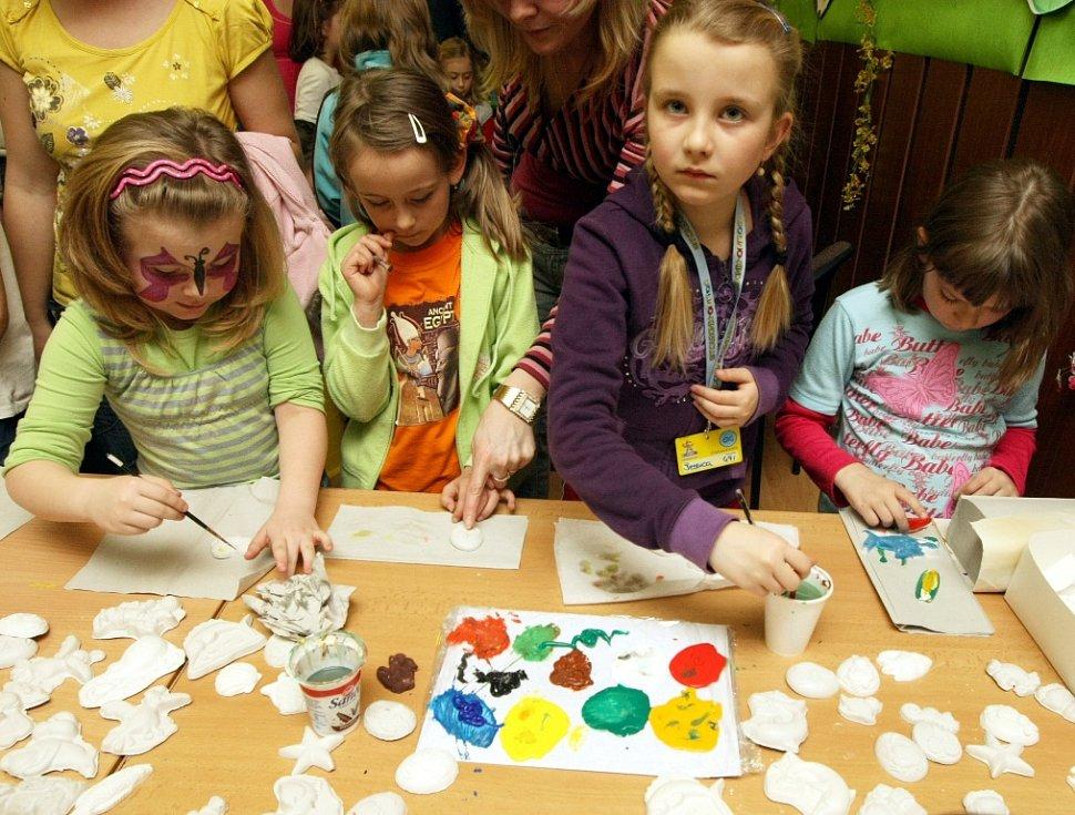Babylonské Velikonoce nabídly dětem a jejich rodičům odpoledne plné zábavy, 2010.