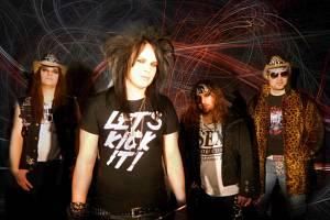 Glam rocková kapela Sleazy RoXxX