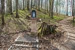 Obnovená křížová cesta ve Frýdlantě.