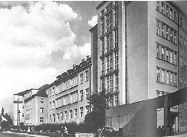 Nemocniční areál, 30.léta