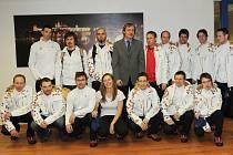 Ministr Stropnický se sešel s olympioniky Dukly před odletem do Soči.