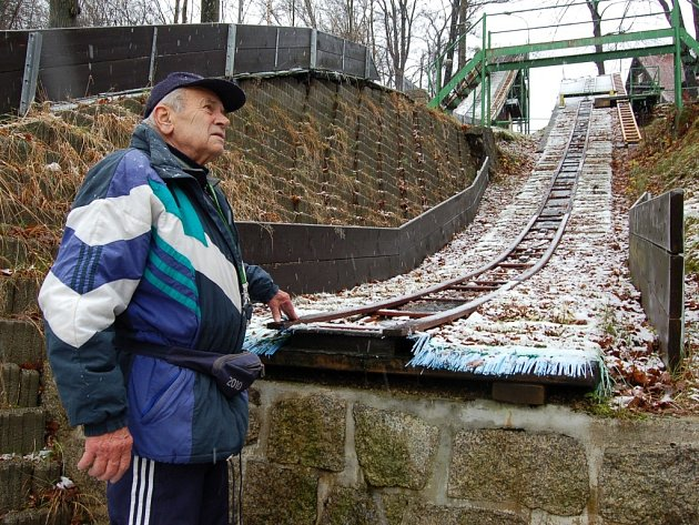 MIROSLAV KUMPOŠT. Závodník a později trenér sdruženářů. Jednoho z nejobtížnějších a zároveň nejkrásnějších zimních sportů.