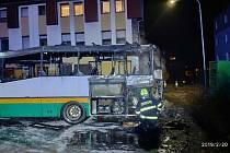 V Liberci na Americké shořel autobus MHD.