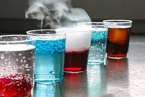 """Pít se budou také molekulární alko i nealko želé """"koktejly"""", ale proudem poteče i pivo nebo víno."""