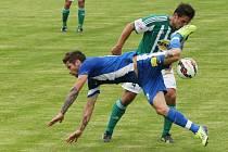 TŘIKRÁT PROTI BOHEMCE. Na snímku je létající hráč Slovanu Martin Fillo.