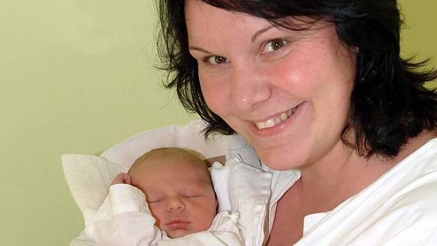 Mamince Petře Novákové z Liberce se 19. října 2011 narodil v liberecké porodnici syn Jakub. Měřil 50 cm a vážil 3,320 kg.