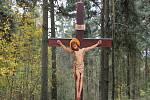 Město Osečná obnovilo křížovou cestu na Kotelském vrchu.