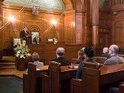 Město Liberec udělilo 16. března 2017 čestné občanství in memoriam herci Františku Peterkovi