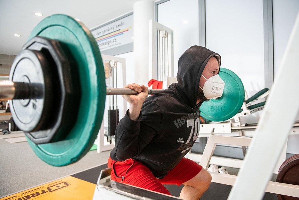Od pondělí 17. května jsou za přísných hygienických podmínek opět otevřená fitness centra. Na snímku Cardio Fitness v České Lípě.