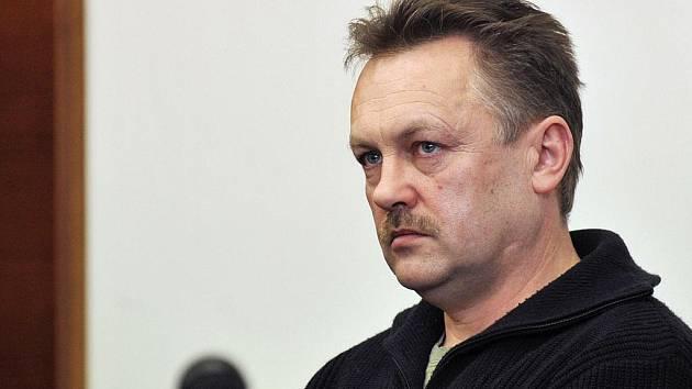 Andrzej Miluch byl po vynesení rozsudku silně dojatý. Chvílemi měl slzy v očích. Celou dobu tvrdil, že neví, co veze. Nyní by se rád zasadil o to, aby léky jako Sudafed byly zakázány v Česku i Polsku.