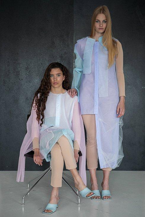 Návrhy oděvů od Veroniky Šiškové.