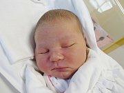 SOFIE TOMÍČKOVÁ Narodila se 15. srpna v liberecké porodnici mamince Pavle Jeřábkové z Liberce. Vážila 4,18 kg a měřila 51 cm.