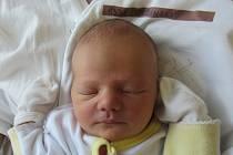 LADISLAV ZDOBINSKÝ  Narodil se 30. října v liberecké porodnici mamince Aleně Rekšákové z Brniště. Vážil 4,02 kg a měřil 52 cm.