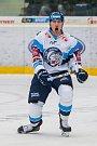 Utkání 6. kola Tipsport extraligy ledního hokeje se odehrálo 30. září v liberecké Home Credit areně. Utkaly se celky Bílí Tygři Liberec a BK Mladá Boleslav. Na snímku je Jaroslav Vlach.