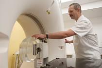 Krajská nemocnice Liberec představila nový CT simulátor na onkologickém oddělení.