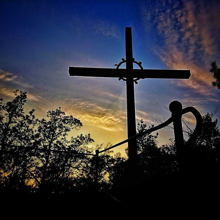 Poustevníkův kříž Hejnice.