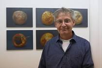 Malíř Martin Velíšek vystavuje své obrazy v liberecké galerii Prostor.