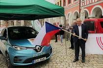 Rally Bohemia odstartovala od liberecké radnice.