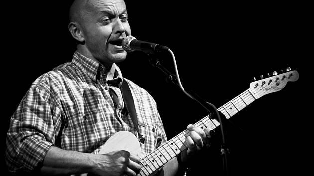 ROBERT NEBŘENSKÝ z kapely Vltava.